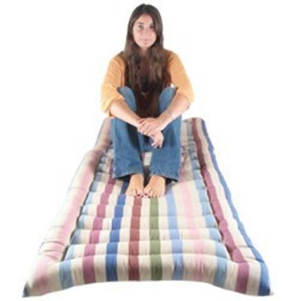 Single roll up bed
