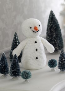 King Cole Snowman Knitting Pattern : King Cole Christmas Crochet Book 2